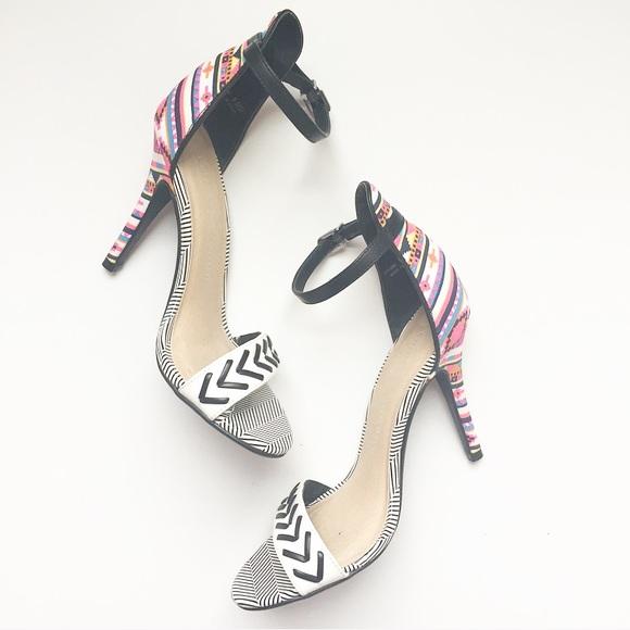 7bec9879c1 Chinese Laundry Shoes - Chinese Laundry Levita Heels